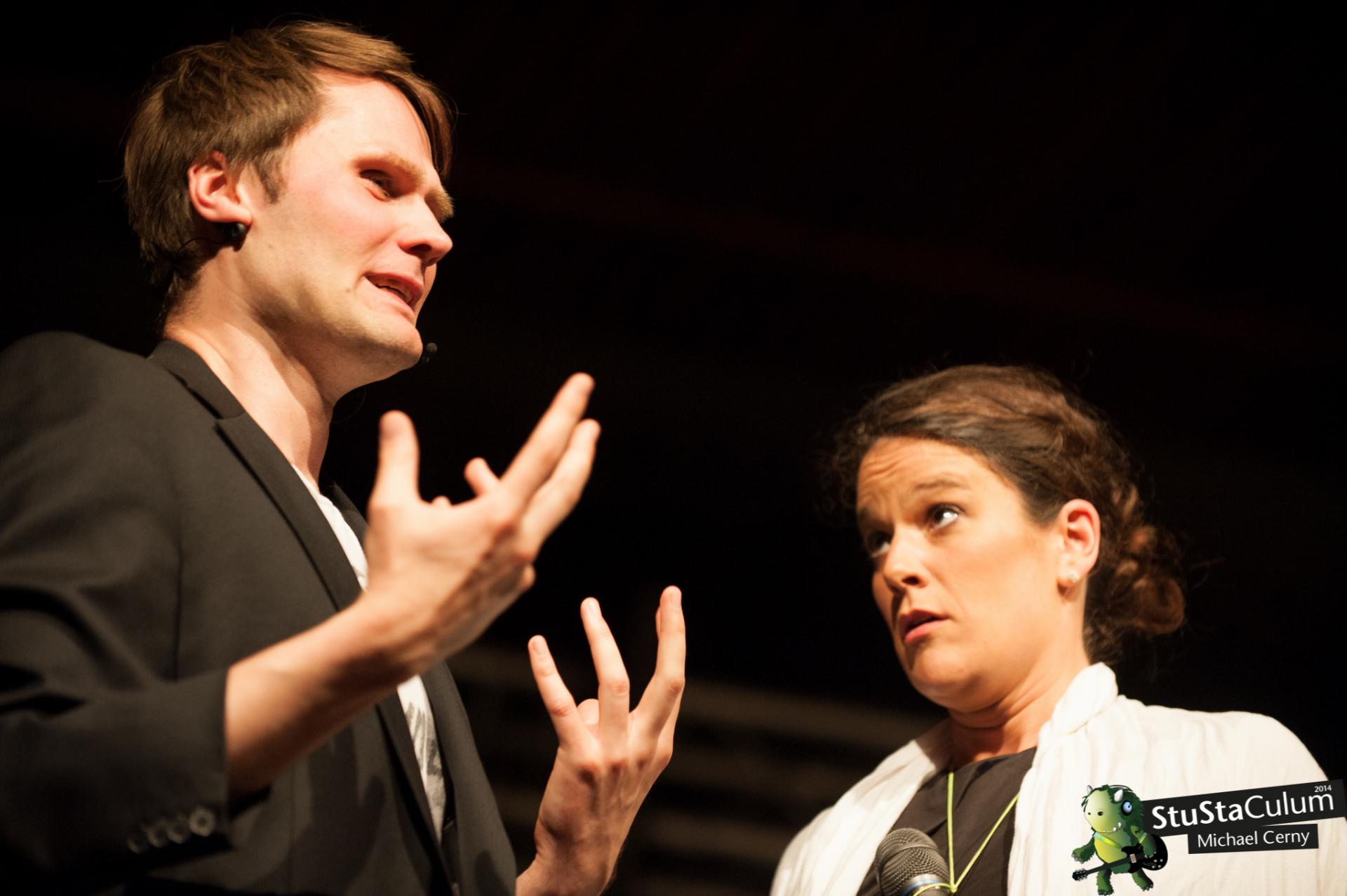 Impro-Show: Aktuelle Themen in Ihrem Unternehmen bauen wir gekonnt in Szenen ein.